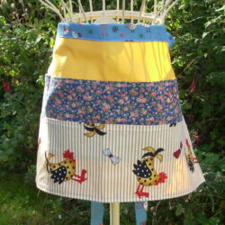 Apron chickens blue