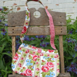 roses pleated bag